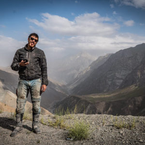 Afgánistán za zády